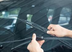 Как се сменят чистачки на кола и как да изберем такива
